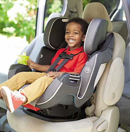 child in evenflo car seat